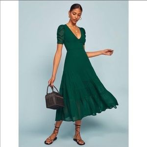 NWT Stunning Reformation Cosa Emerald Midi Dress!